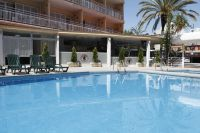 "Hotel ""Fortuna"" 4 Stars at the price of 3***<br />Lloret de Mar, Costa Brava<br />GP de Catalunya-Montmelo"